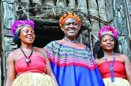 Meet fon Abumba II of Bafut in Cameroon with 100 wives and 500 children