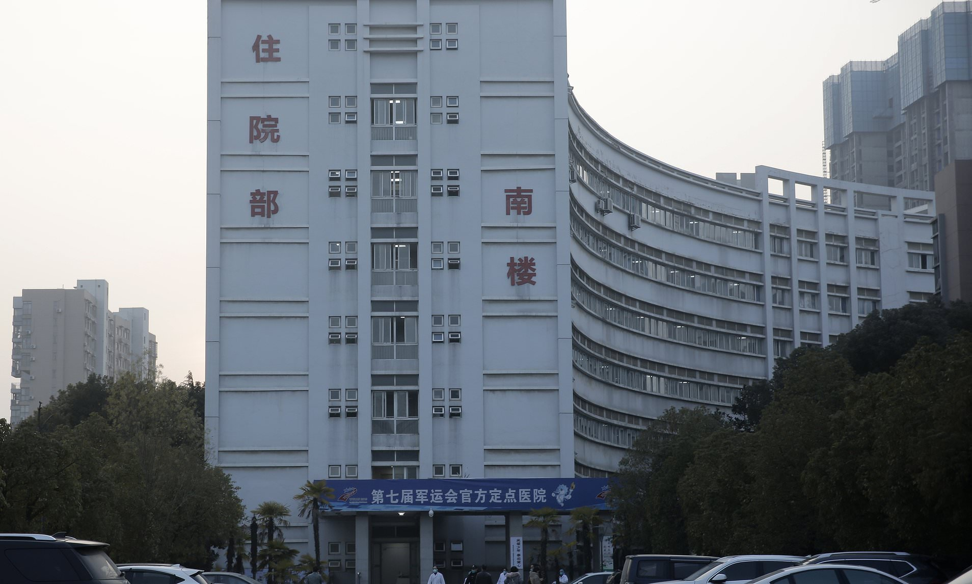 China Is Building a 1,000-Bed Hospital in 6 Days to Deal With the Coronavirus Outbreak-min