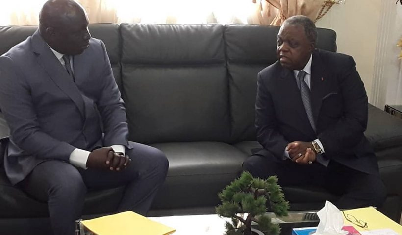 The Cameroon government has reacted to the exchange between an activist Calibri Calibro and French President Emmanuel Macron